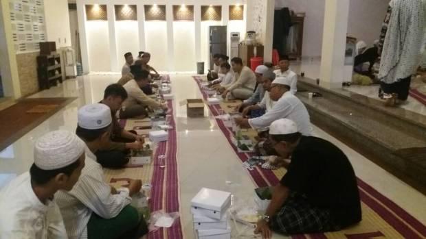 bukber masjid baitussalaam (3)